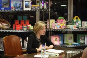 Reading at The Bookworm in Omaha. Photo: Algis Praitis.