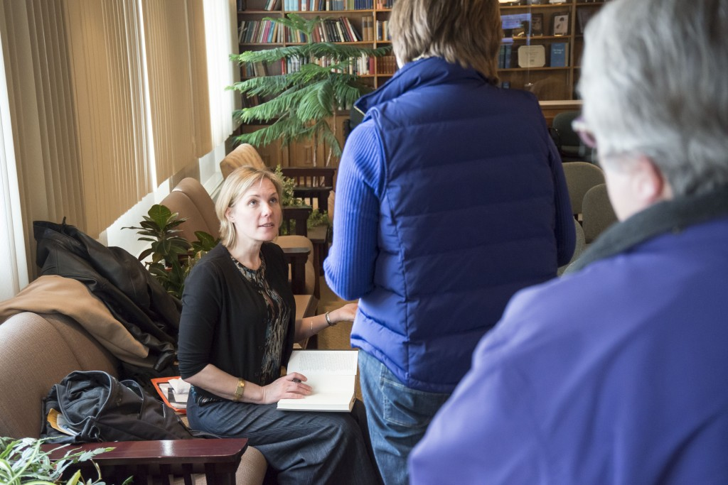 Talking to readers and signing books at the University of Nebraska at Lincoln. Photo: John Nollendorfs.